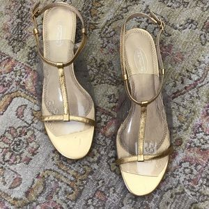 Talbots gold strappy kitten heel